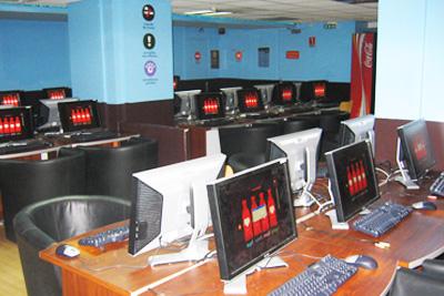 Milk Cyber Cafe Paris