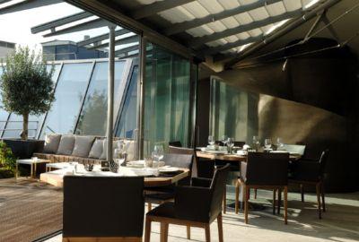 Restaurant romantique sous les toits de paris dans l 39 avenue george v - Cuisine insolite ...