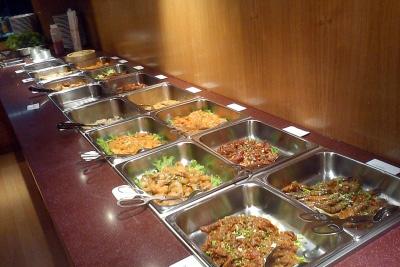 buffet volont chinois avec une touche de japonais seulement 9 80 le midi en semaine et. Black Bedroom Furniture Sets. Home Design Ideas