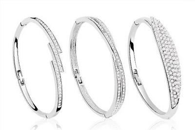 bracelet van amstel pas cher d s 16 90 au lieu de 60. Black Bedroom Furniture Sets. Home Design Ideas
