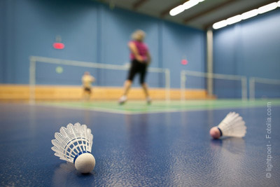 faire du badminton a paris