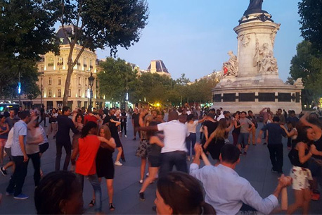 danse place republique