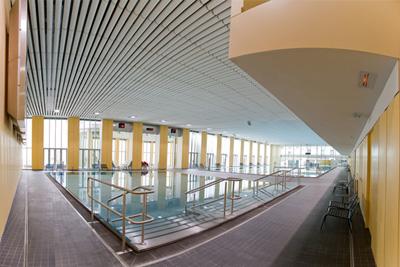 Piscine salle de sport for Salle de sport avec piscine