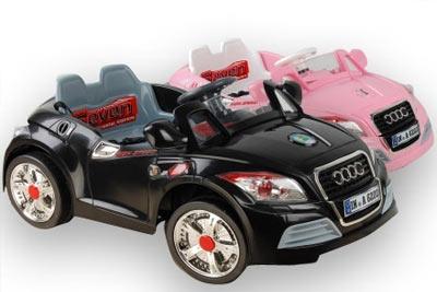 voiture de sport lectrique type audi tt pour enfant 129 au lieu de 299. Black Bedroom Furniture Sets. Home Design Ideas