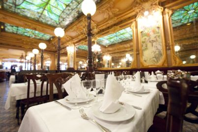 bon plan restaurant insolite paris julien