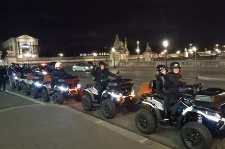1h de balade en quad à Paris by night en duo à 79 €
